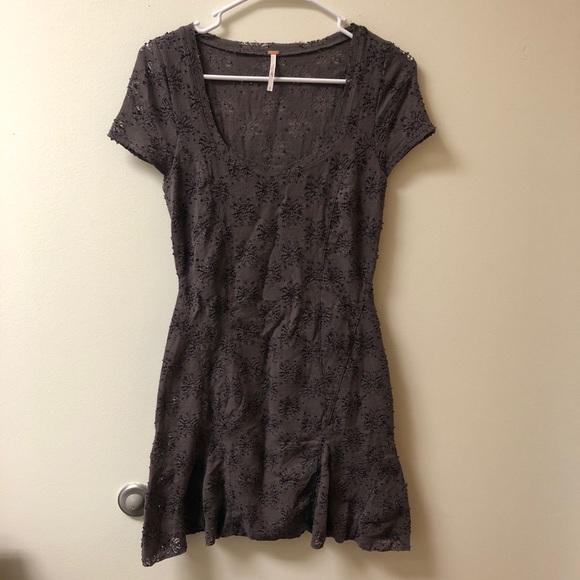 Free People Dresses & Skirts - ⭐️Free People Gray Floral Tunic Dress Peplum Lace